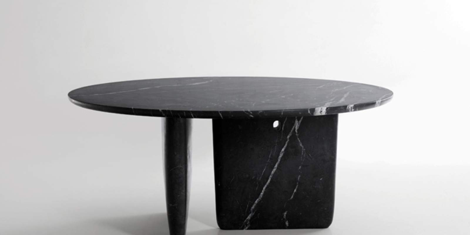 Table design en marbre TOBI-ISHI B&B Italia