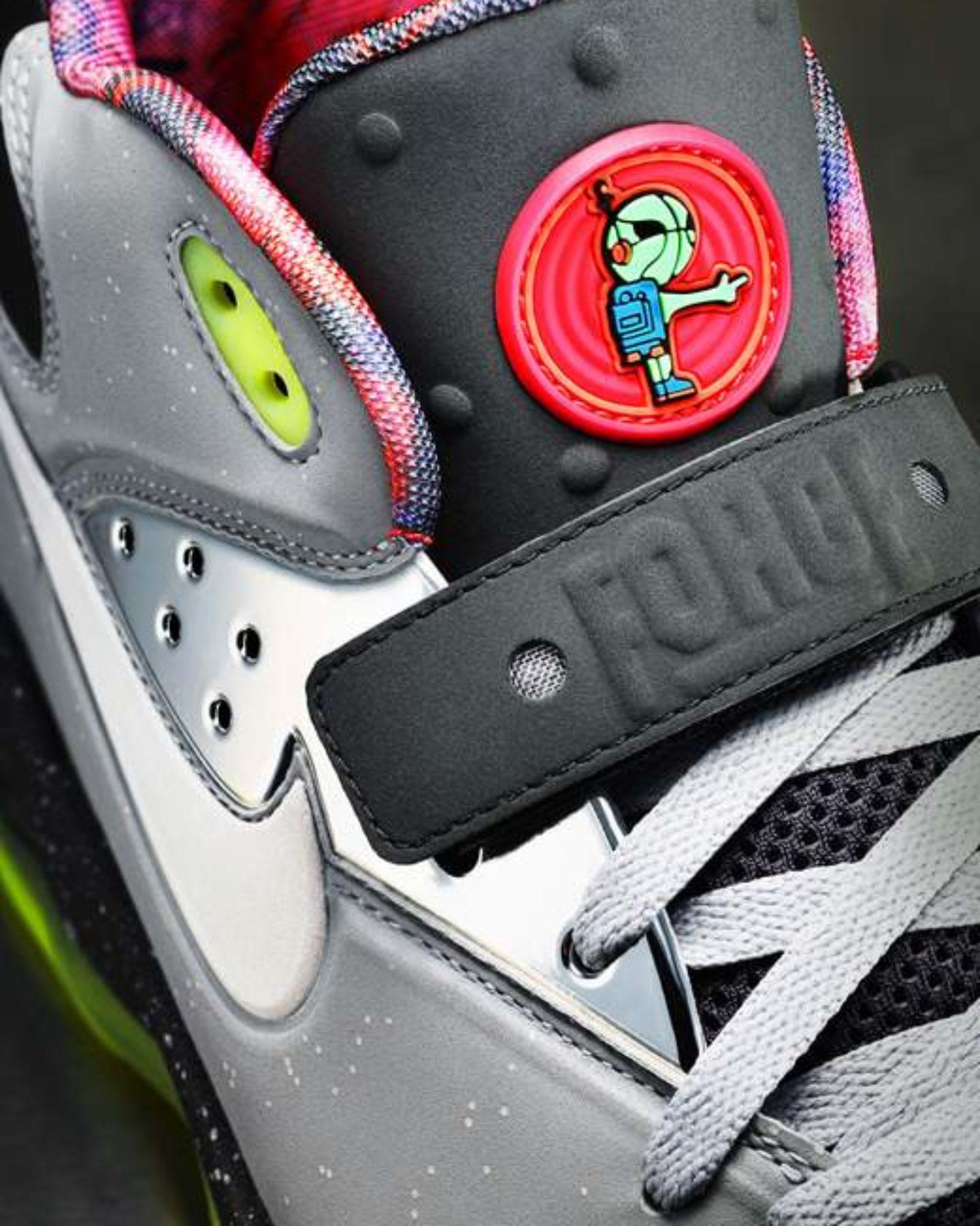 13-100_Nike_AllStar_NSW_Air_Force_8M_detail