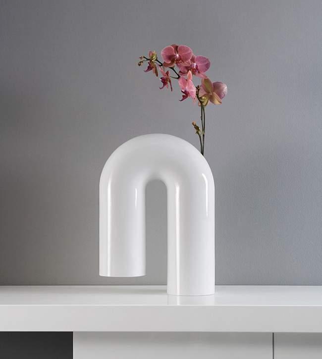 Vase design SHAKY par Enzyma x Gianluca SGALIPPA