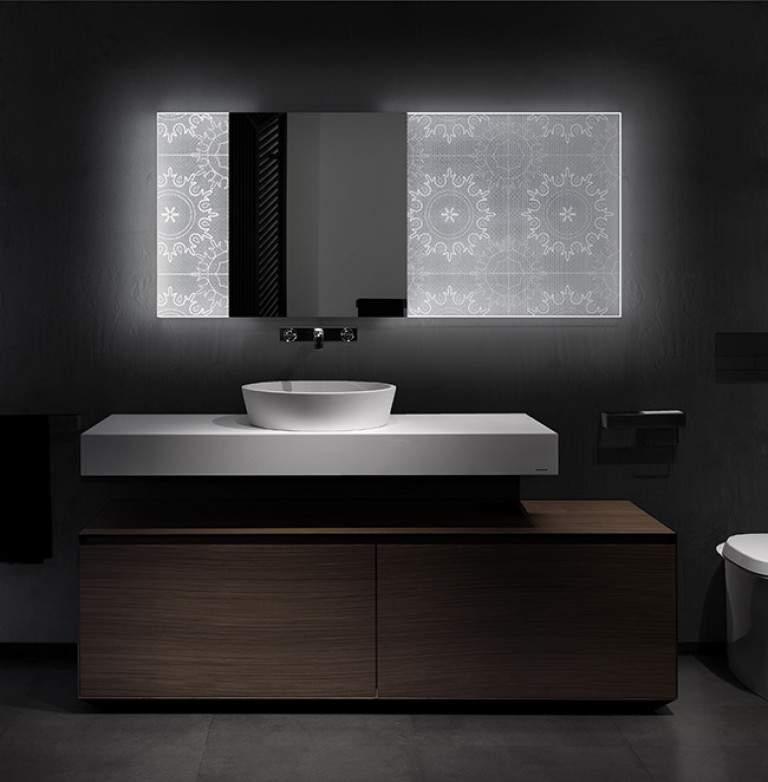 Miroir LED HOLOTECH CRYSTALS par Elia FELICES