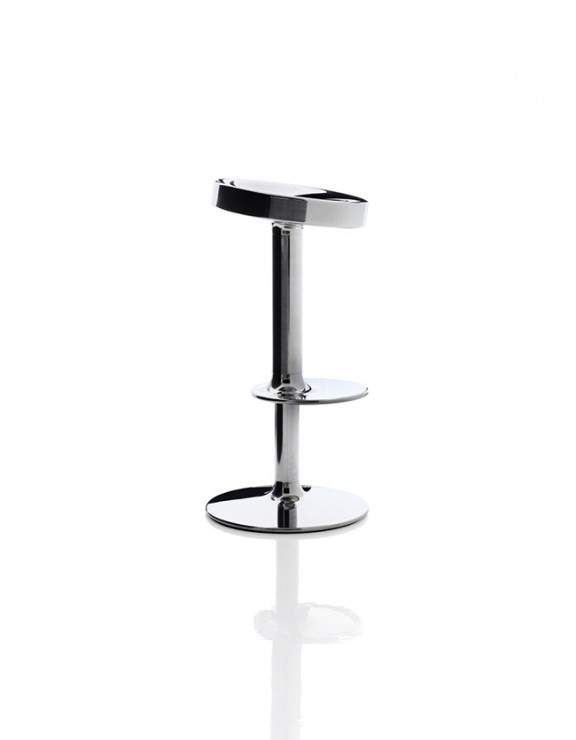 tabouret de bar s s s s sweet stainless steel stool by starck x magis jo yana. Black Bedroom Furniture Sets. Home Design Ideas
