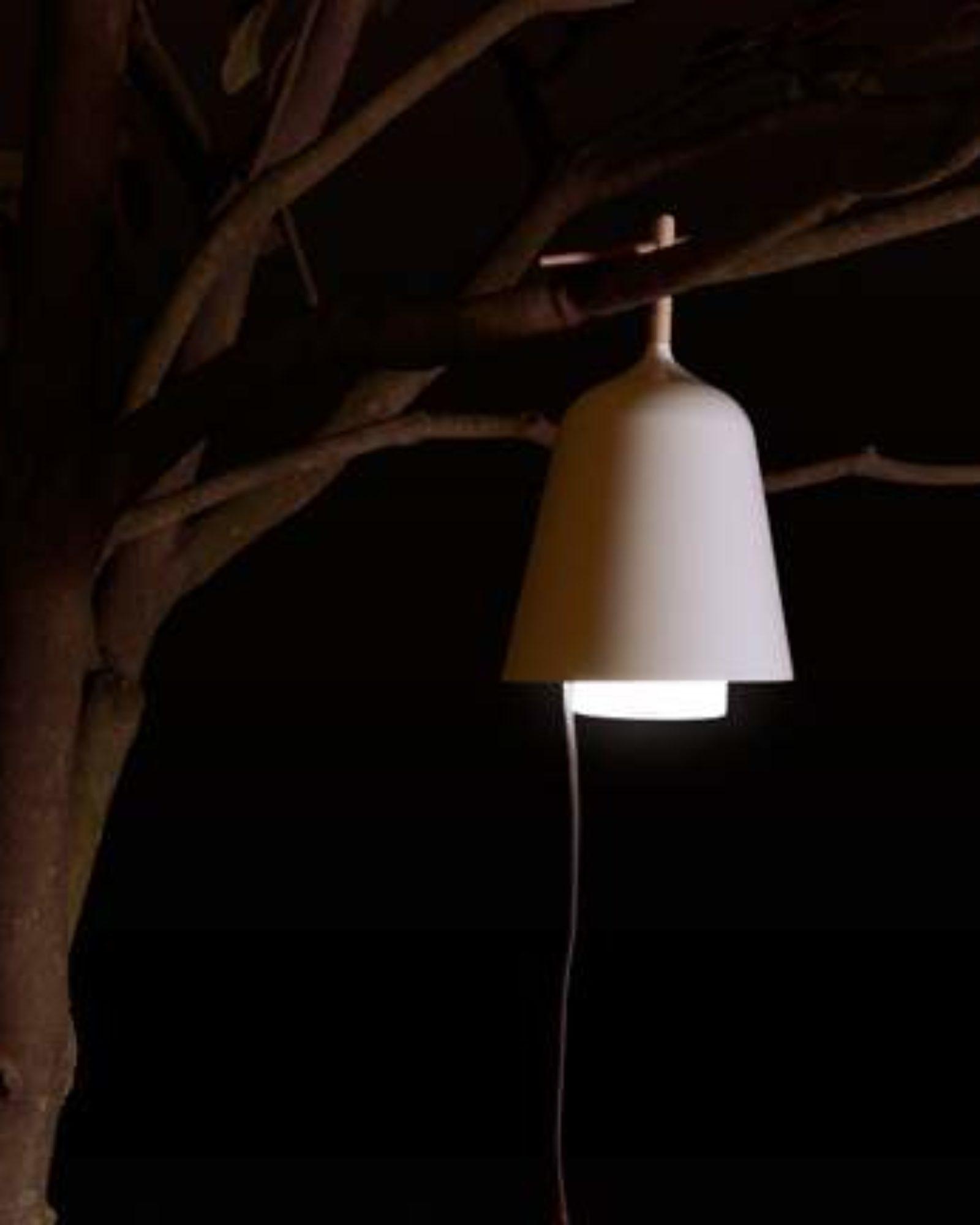 Massivt Lampe SOUS MON ARBRE par Florian BRILLET x Ligne Roset - JO YANA JH37