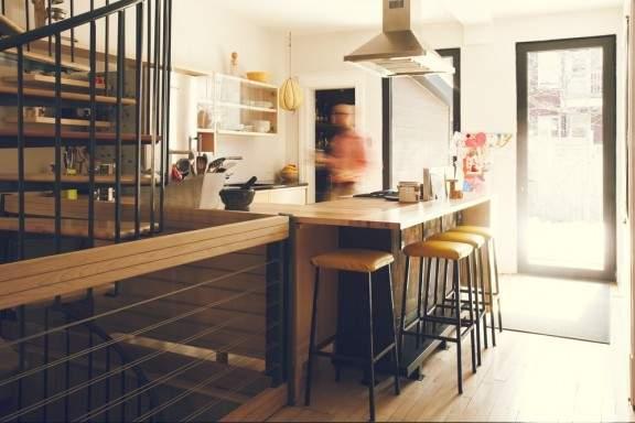 Mobilier de Cuisine bois contemporain À HAUTEUR D'HOMME