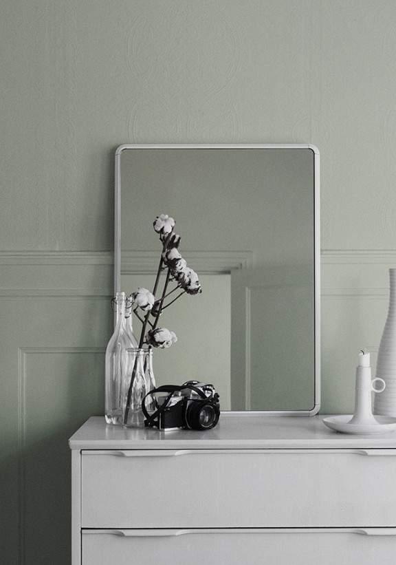 Nouveau miroir par vipp deco design blog design for Miroir petit format