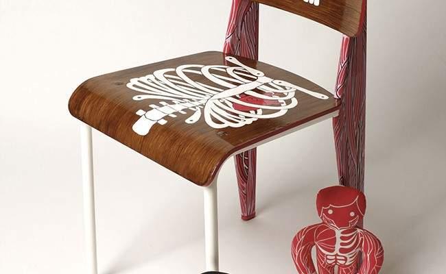 AK-LH-by-Aksel-anatomical-chair-©-Hugo-Miserey-7.jpg