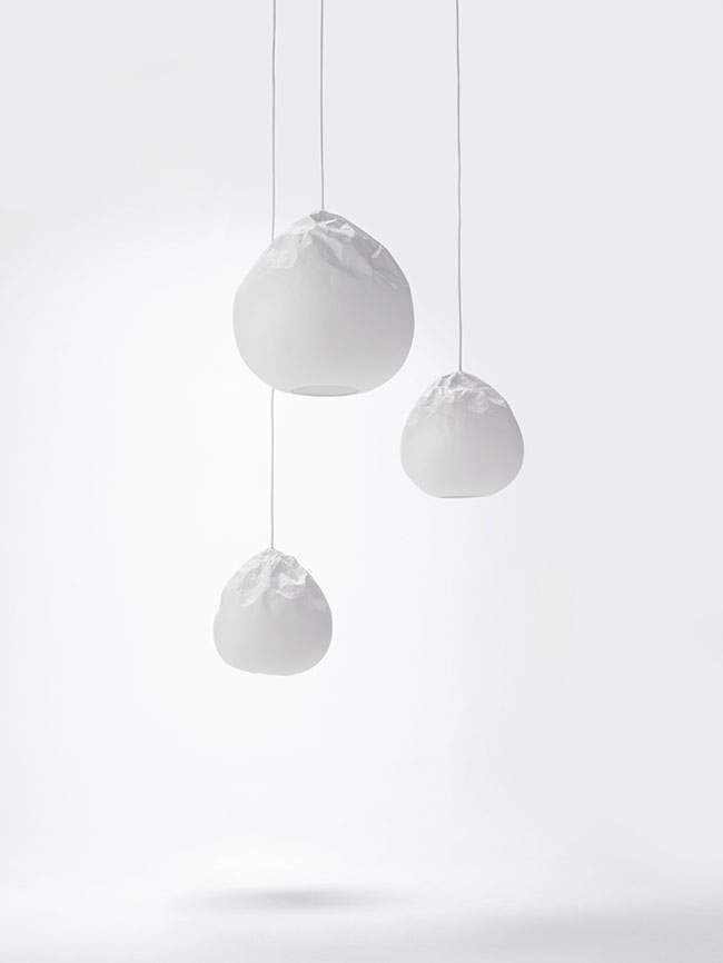Lampe en papier design SEMI WRINKLE WASHI par Taniguchi Aoya Washi x NENDO