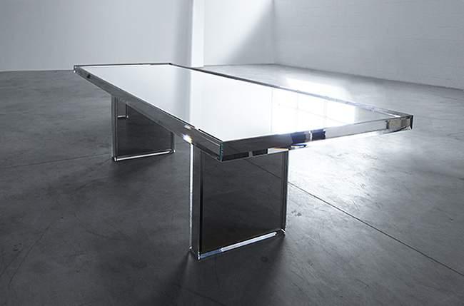 Table PRISM MIRROR par Tokujin YOSHIOKA x GLAS ITALIA