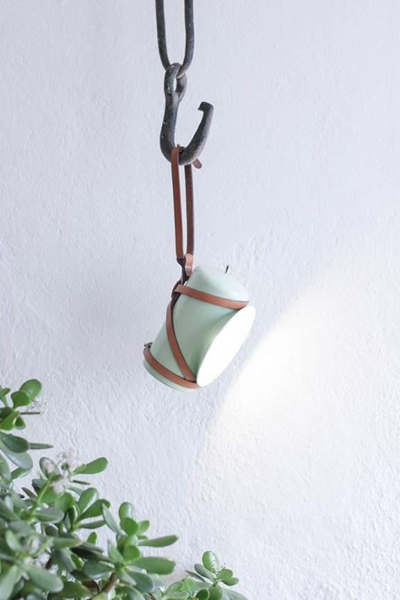 Lampe nomade LENA par Alexandre REIGNIER - JO YANA