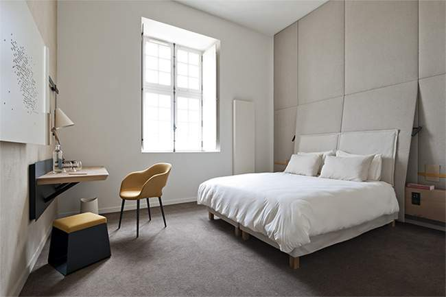 fontevraud h tel restaurant par l 39 agence jouin manku. Black Bedroom Furniture Sets. Home Design Ideas