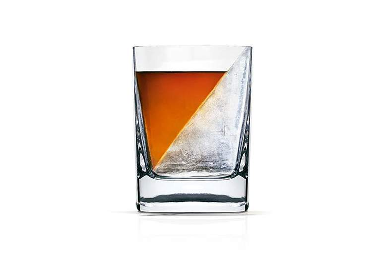 verre whisky design whiskey wedge. Black Bedroom Furniture Sets. Home Design Ideas