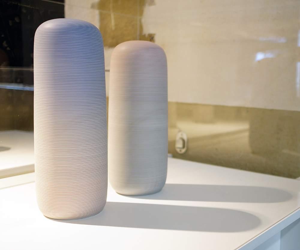 Vases UNTITLED par Park JUNG HONG