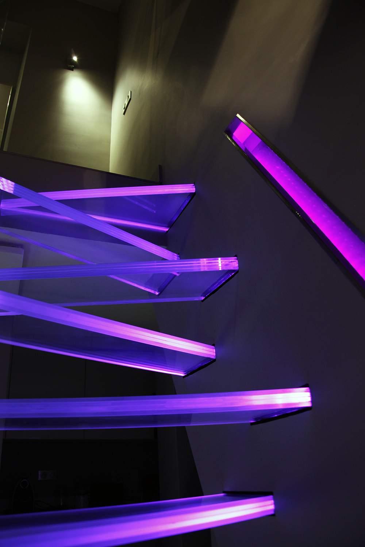 Escalier en verre par frederic hamerlak deco design - Deco kooi d trap ...