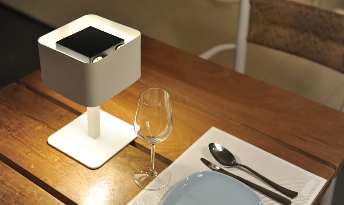 lampe solaire design archives jo yana. Black Bedroom Furniture Sets. Home Design Ideas