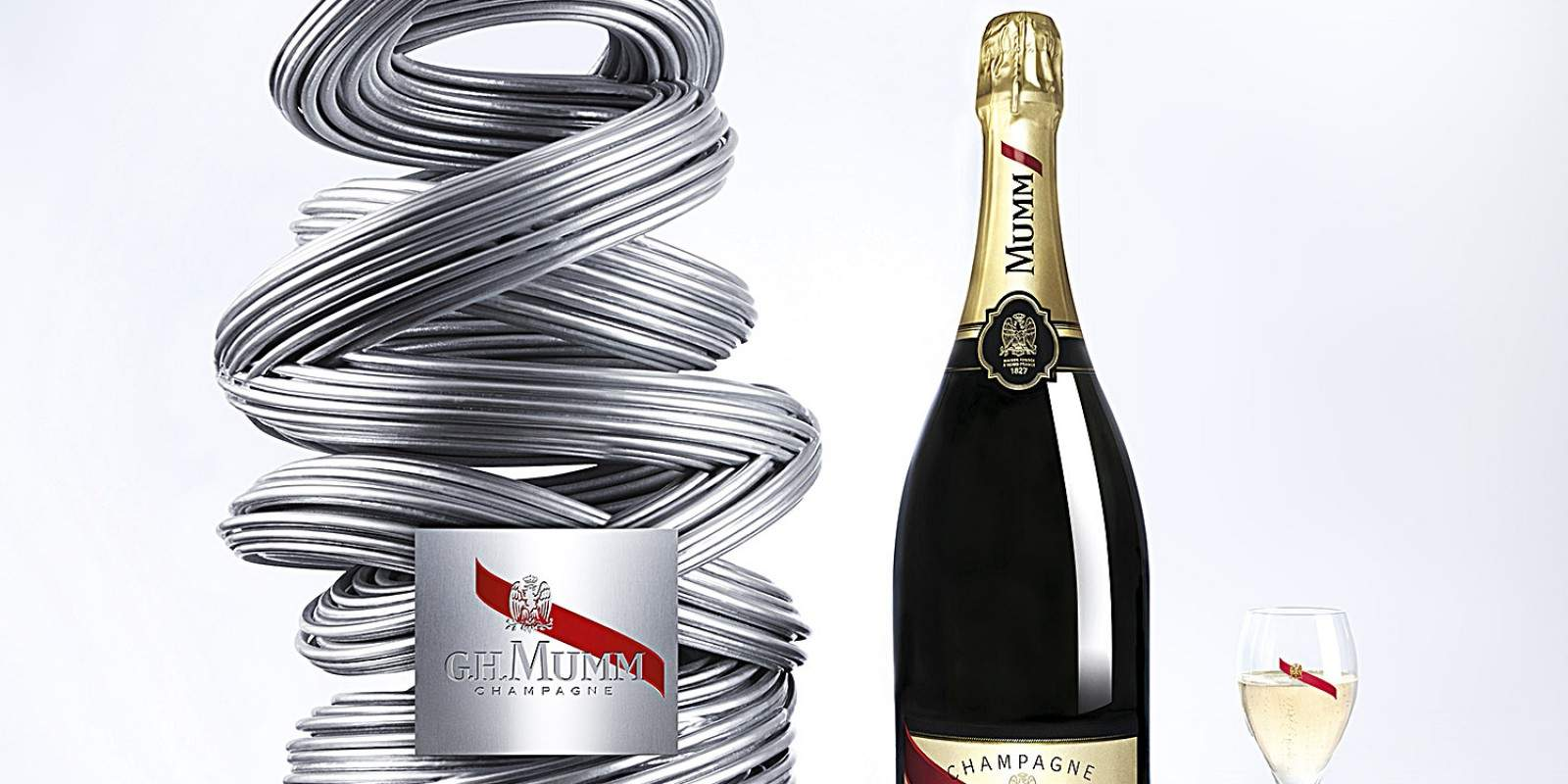 champagne mumm PR pack by Renato Montagner bottle outside and flute-V2-3_RVB