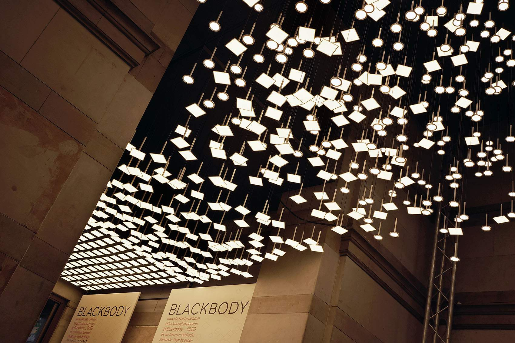 BLACKBODY DISPERSION par Thierry Gaugain x LG Chem