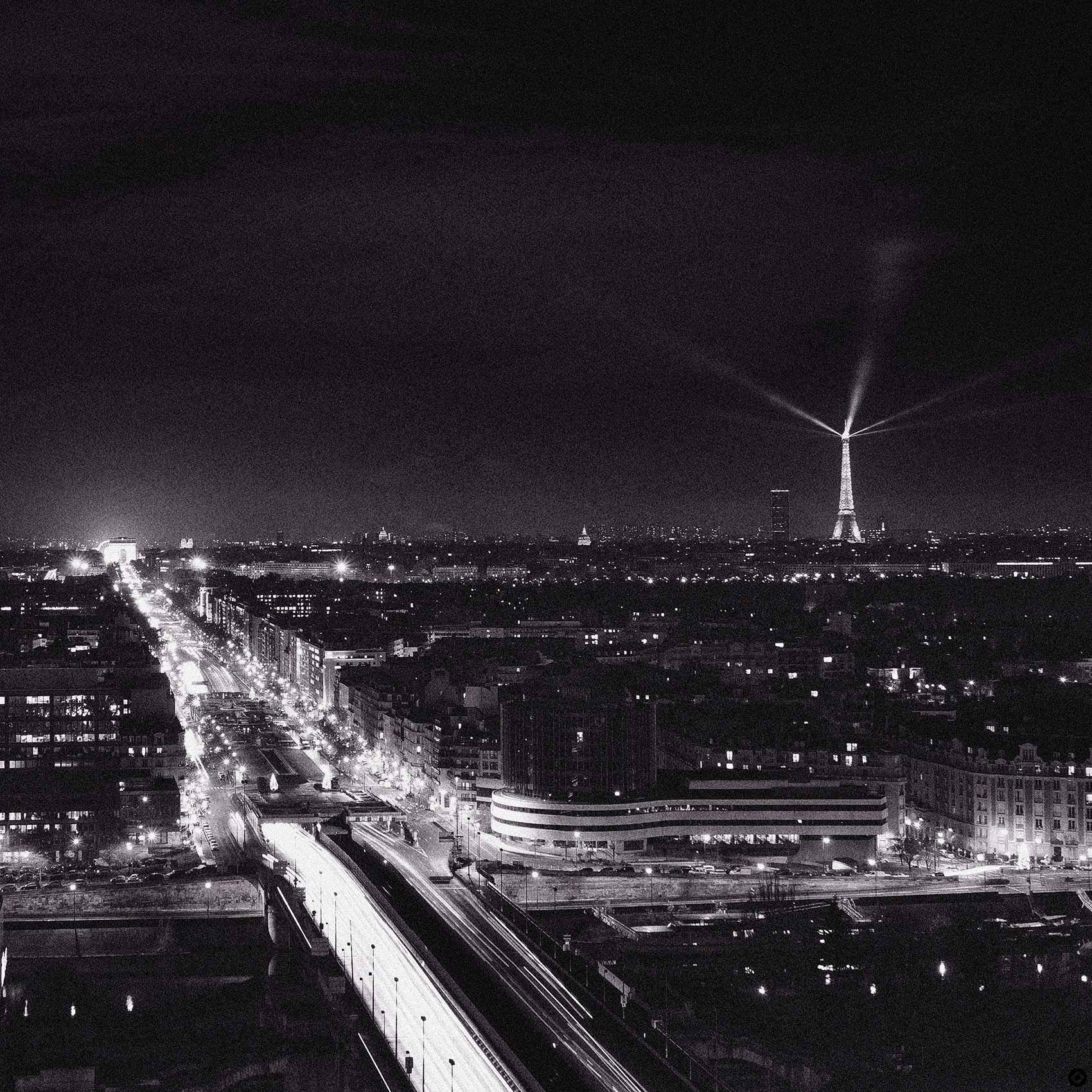 BLOG_MELIA BY NIGHT SKYLINE