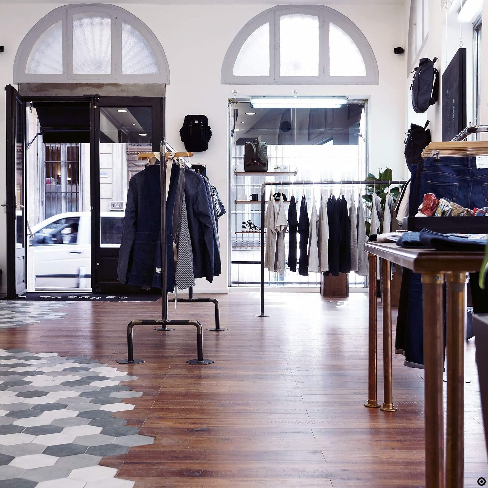 concept store goudron jo yana blog mode homme. Black Bedroom Furniture Sets. Home Design Ideas