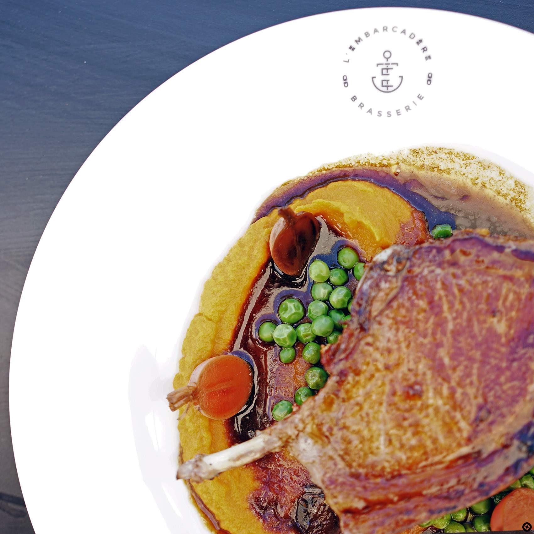 restaurant-design-lembarcardere-marseille-plat
