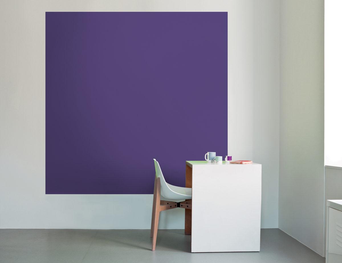 ultra-violet-pantone-bureau