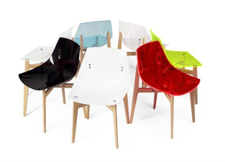 Chaise design AKA par Jean-Marie MASSAUD