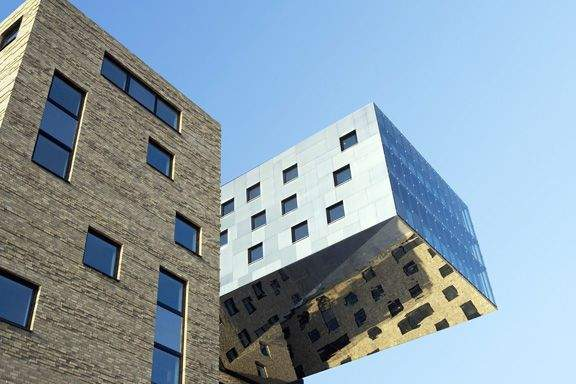 NHOW Hotel by Karim RASHID (Berlin)
